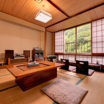 *【客室カフェ】場所はそのときに空いている2階の客室。挽き立てのコーヒーを心地よい音楽とともに。