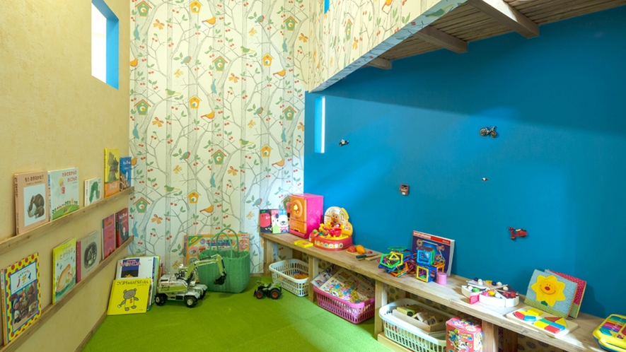 *キッズスペース/お子様に嬉しいおもちゃや絵本が沢山。