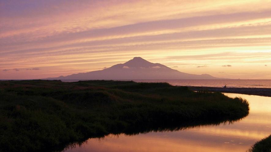 *周辺景色/夕暮れ時、浜勇知からの美しい眺め。