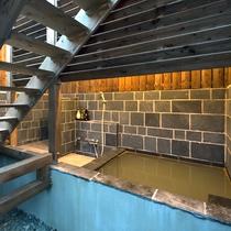*貸切露天風呂/新しくできた岩造りの露天風呂。