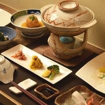 *夕食一例/北海道の旬な味覚を詰め込んだ創作料理をご堪能ください。