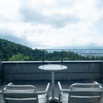 洋室デラックスツイン35平米(富士山側)