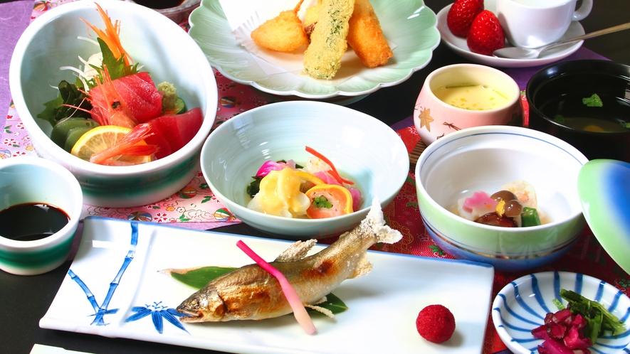 【力石コース】地元食材をふんだんに使用したコースです。