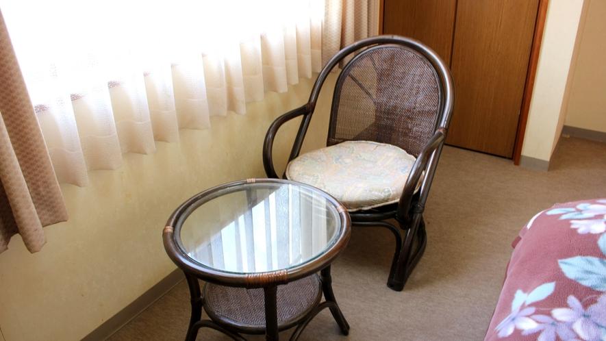 *【洋室シングル】ベッドがお好みの方にも安心♪ビジネスや一人旅、帰省などにご利用ください。
