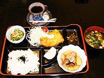 昼食(日替わりランチ)