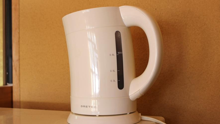 *【館内一例】2階廊下に共同でご利用いただける電気ケトルがございます。