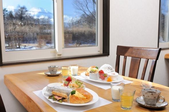 ◆朝食&特典付◆富士山&山中湖を満喫!朝食は出来立てホットサンドウィッチ♪直前予約OK!【完全禁煙】