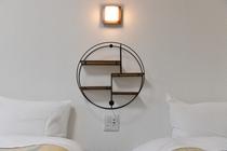 各部屋共通 枕元コンセント&USB