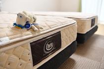 洋室・和洋室共通 サータ製ベッド