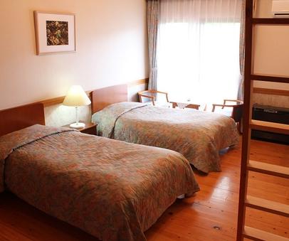 洋室☆8畳+ロフト☆