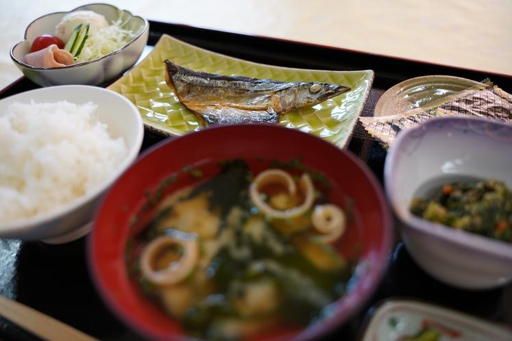 朝食/熊野灘の干物