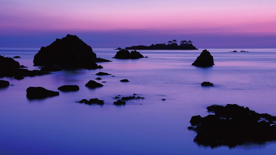 日和山海岸沖・後ヶ島(のちがしま)