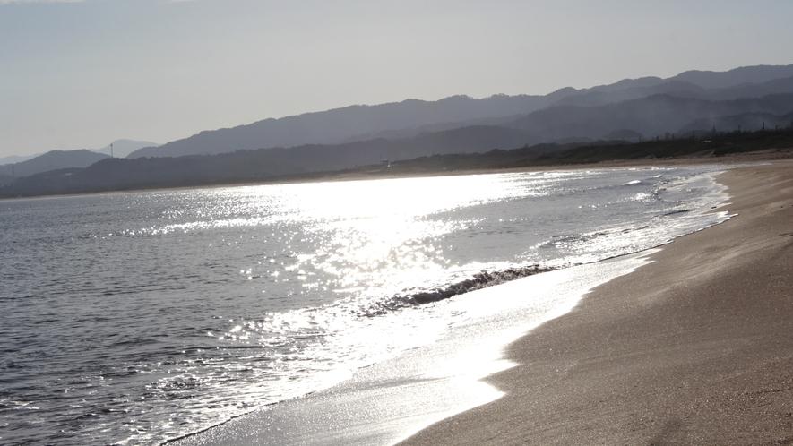 小天橋葛野浜(しょうてんきょうかずらのはま)海水浴場