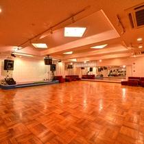 *ダンスホール/三河湾最大級のダンスフロアで華やかなひと時を♪