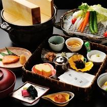 【ご朝食】和食膳 ※蔵王町産ひとめぼれの炊きたてごはんとご一緒に