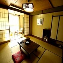 飛騨川沿和室8〜10畳