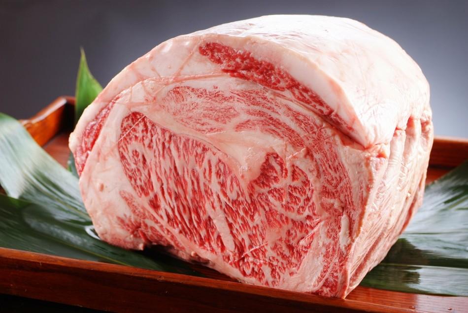 ブランド食材「但馬牛」は神戸牛や松阪牛の素牛です