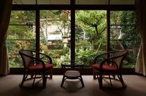 特別室(庭園側・和室10畳+10畳+ベッドルーム)