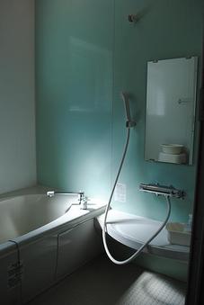 風呂付8畳和室(洗浄機付トイレ、洗面化粧台完備)