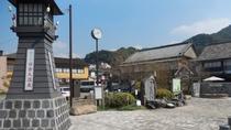 *日奈久温泉「憩いの広場」は山頭火の石碑が目印です。