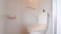 *【和室一例】洋式トイレを備えております。ウォシュレット機能はございません。