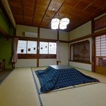 【和室一例】外の光を利用した飾り障子がアクセントに書院造りの木造建築が魅力です。