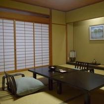 神話苑和室12.5畳眺望なし(定員5名)眺望が望めない部屋タイプとなります。