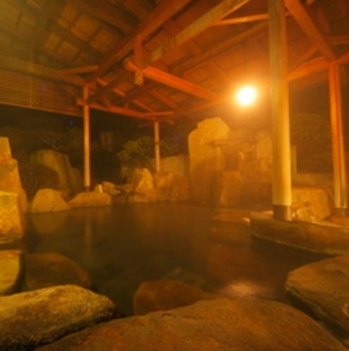 露天風呂「巌の湯」