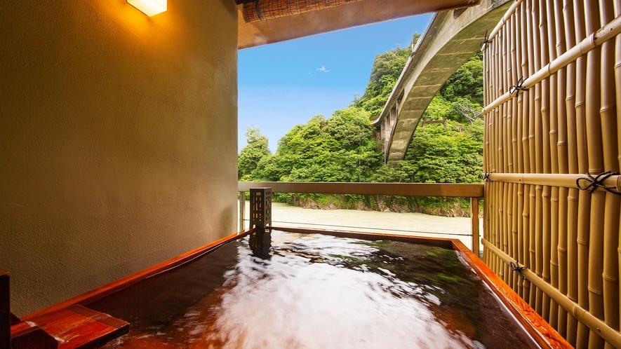 【令和2年◇NEWオープン】川側◇露天風呂付客室
