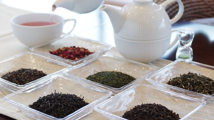 【ウェルカムティー】季節にあわせた上質なお茶でお迎え(17時までご到着の方限定)