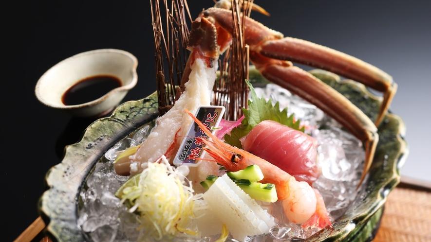 【ブランド】花咲松葉ガ二、季節の鮮魚(お造り)活きのよい状態だからこそ花が咲いたように身が広がります
