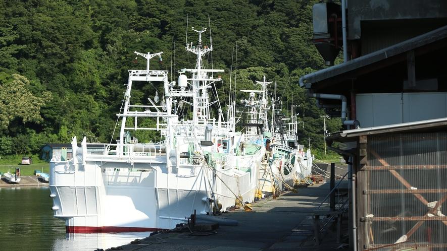 【日本海の海の幸】漁船