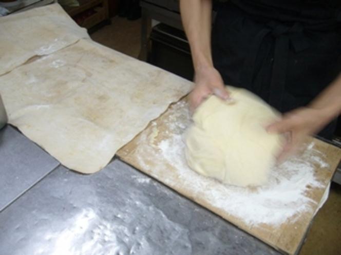 パン工程 発酵終了これから分割