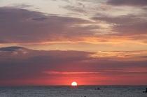 前原海岸からの日の出