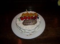 自家製バースデイケーキ