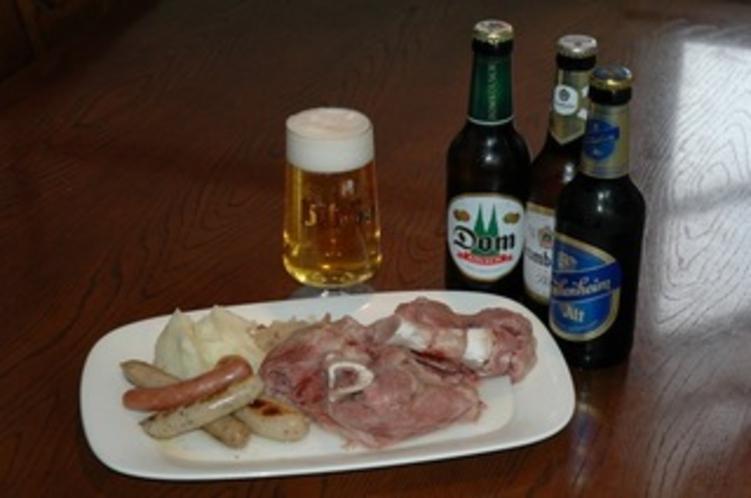 アイスバインとビール