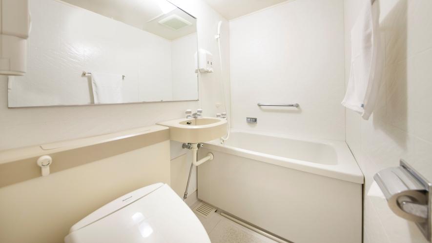 【本館客室】清潔感のあるバスルーム