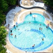 夏季期間限定屋外プール♪