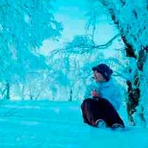 【滞在】敷地の広いルスツリゾート。雪原体験の途中でちょっとしたリラックスタイムはいかがですか。