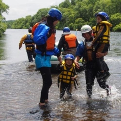 【アクティビティ】夏休み限定★家族みんなで「ファミリー川下り体験」
