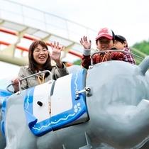 【遊園地】フライングエレファント。パパ!ここだよ♪ 見て見て〜(^^)ノ