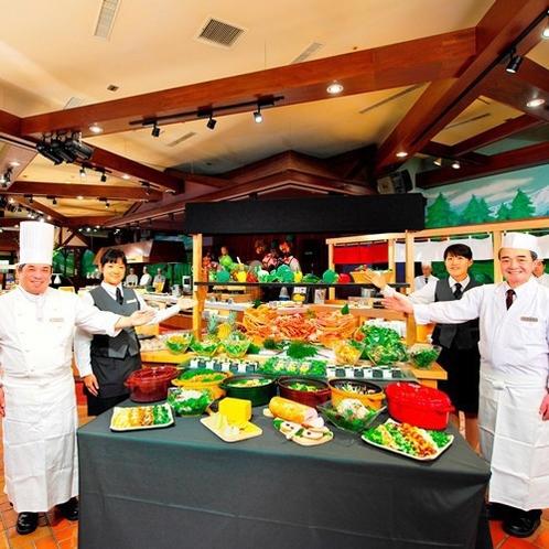 【食事(夕食)】人気のバイキング★北海道の旬・新鮮な食材をふんだんに使った地産地消のお食事をぜひ。