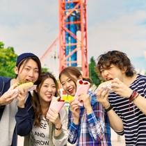 【遊園地でお昼♪】いっぱい遊んだら種類も豊富な遊園地グルメで楽しいランチタイム♪
