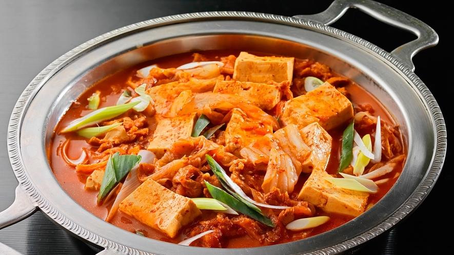 【夕食バイキング】辛味の効いた韓国料理