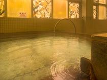 【中浴場】檜風呂