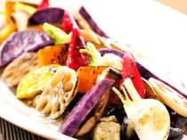 【秋のマルシェ】和風のかつおだしが絶妙!秋野菜の焼きびたし(メニュー例)