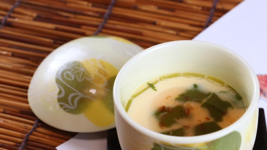 夕食一例_自家製茶碗蒸し。梅の餡がアクセント♪