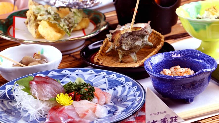夕食_新鮮な海の幸が盛りだくさん!自慢のお米と相性抜群!