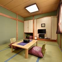 *【部屋/和室10畳】4名様までお寛ぎいただける10畳のお部屋です。