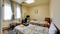 *【部屋/洋室ツイン】畳が苦手な方や腰の痛い方は当ツインルームをどうぞ。